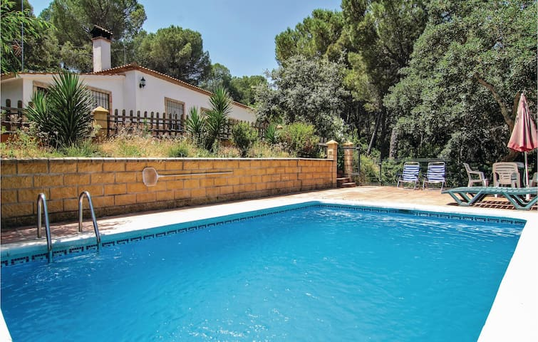 Holiday cottage with 4 bedrooms on 130 m² in Córdoba
