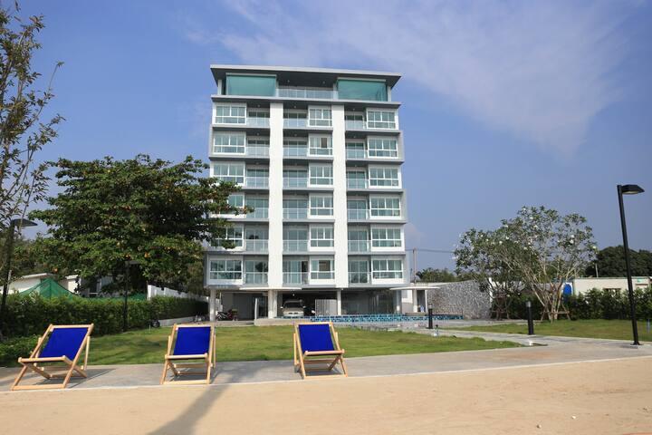Seadream Condo ศรีราชา คอนโดติดทะเล มีหาดส่วนตัว