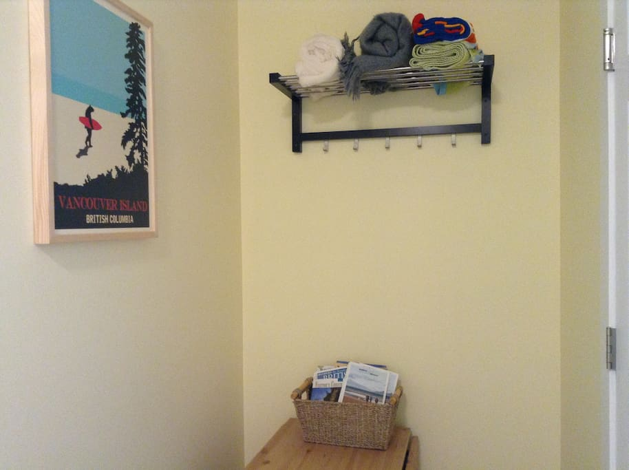 Entrance area of suite, hooks for coats.  Beach towels, beach chairs, cooler are provided check closet.