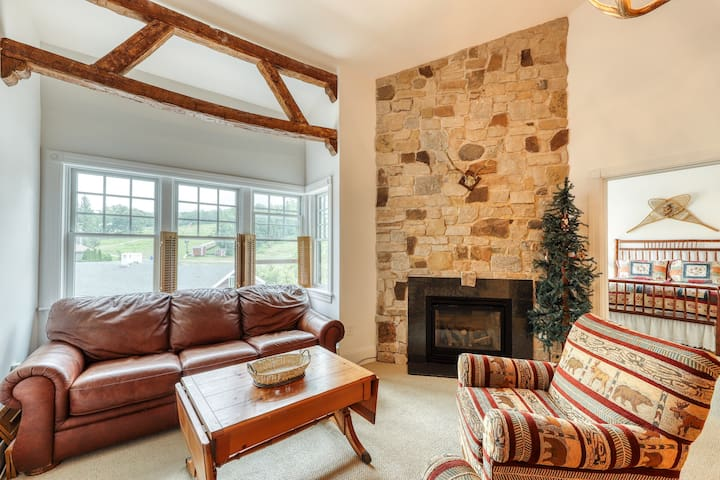Family-friendly ski-in/out condo w/ shared tennis, gym golf on site