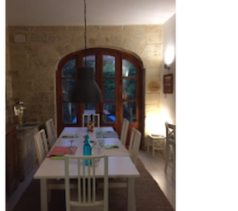 Private double room with own bathroom and balcony - Ir-Rabat - Casa adossada