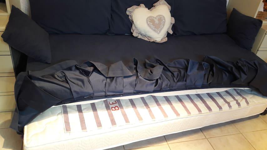 Grande chambre avec lit gigogne