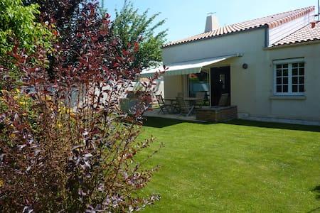 maison familiale proche la rochelle - Nieul-sur-Mer
