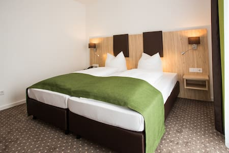 Doppelzimmer Turmblick ggü. Therme - Bed & Breakfast