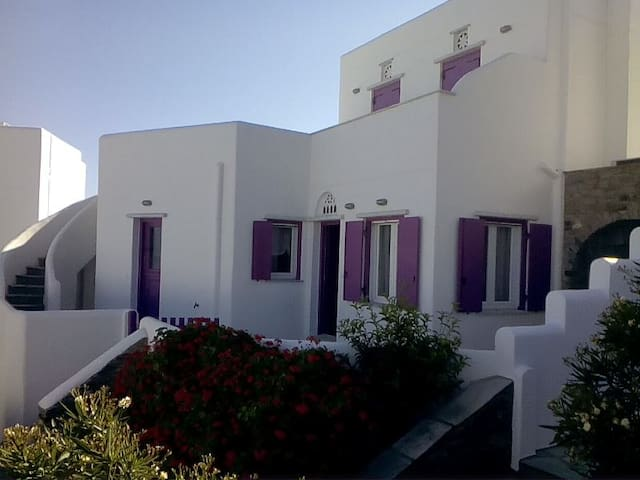 Fuchsia Sea View Villa - Άγιος Σώστης - House