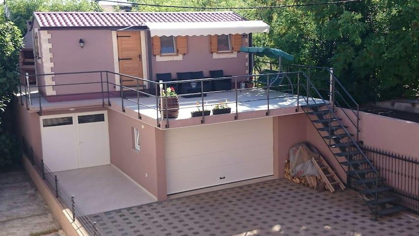 New apartment near the city center - Zadar - Huoneisto