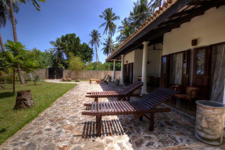 LUMI, relaxing tropical beach house - Tangalla - Ev