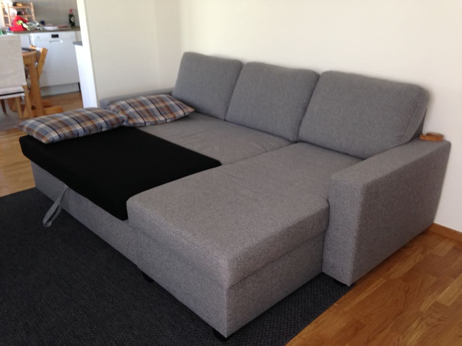 Sofabed folded out