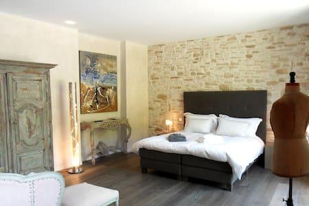 Le Clos Marquise - L'Orangerie - Marsanne - Bed & Breakfast