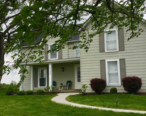 Haymark Farmhouse in Ewing, Kentucky welcome you to the country!  The entire house is yours, as well as memorable adventures awaiting you on the 275 acres of Haymark Farm!