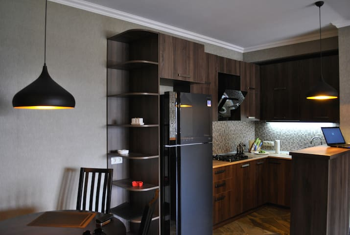 fresh apartment with large terrace - Tbilisi - Byt