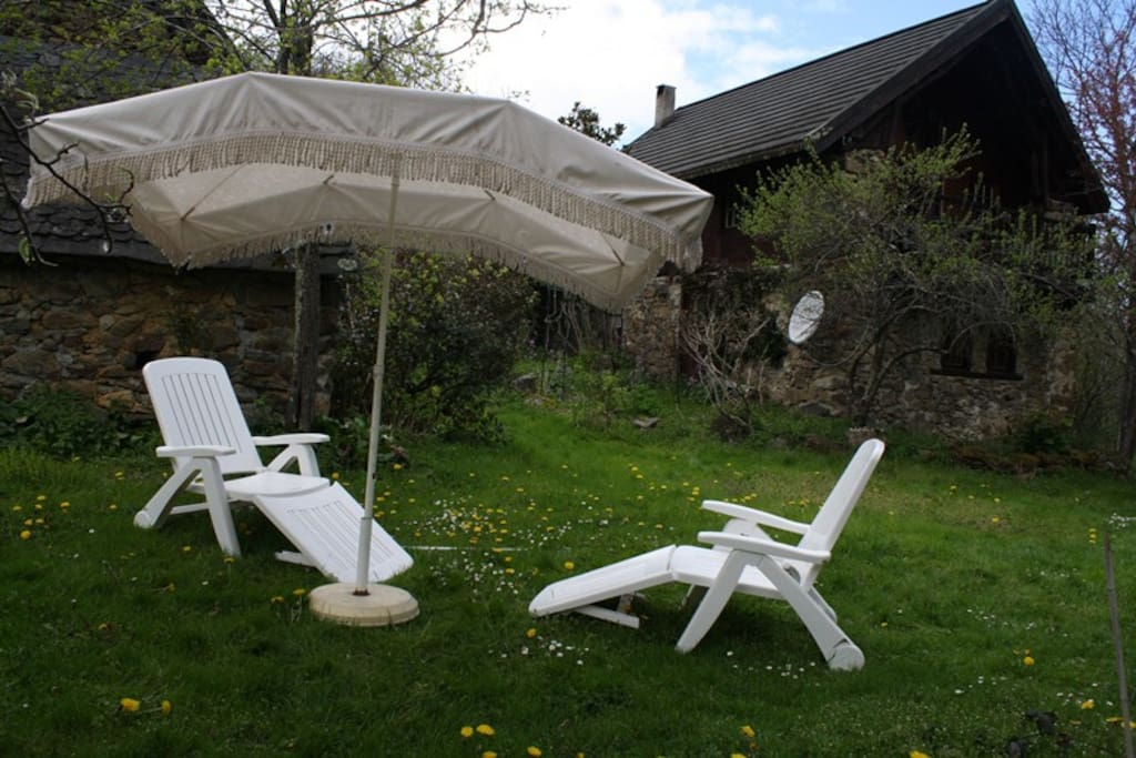 Relax in Natural Surroundings - Wagonwheel cottage on the right