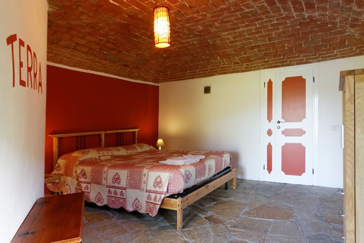 B&B La Campagnetta camera TERRA - Chiaverano - Bed & Breakfast