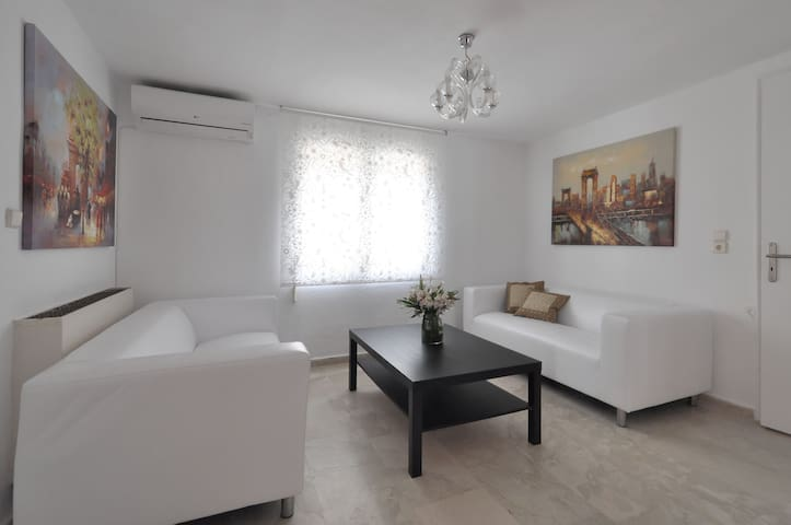 Voula Athens Close to City & Beach-Newly Renovated - Voula - Flat