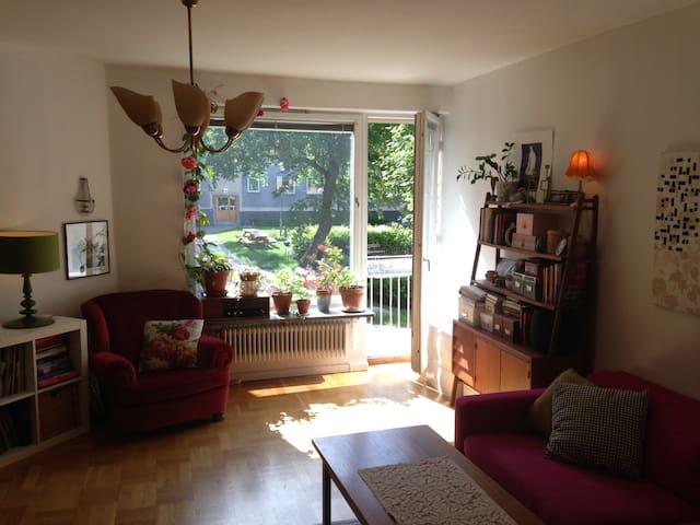 Charming & cosy flat - Stockholm