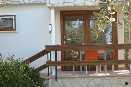 New independent villa trilocale - Peschici - Villa