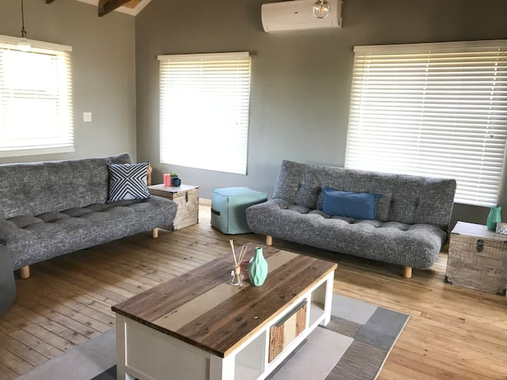Comfortable Cabin Sodwana Bay (Daily cleaning)
