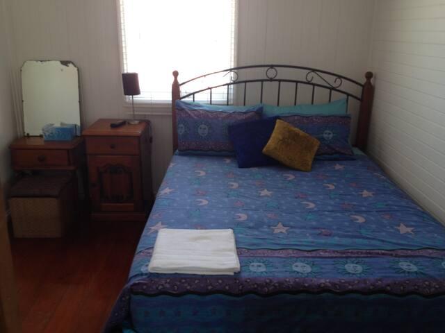 A/C Queen Bedroom