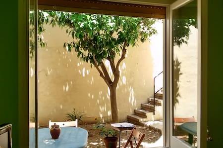LA CASETA - Canet de Mar - House