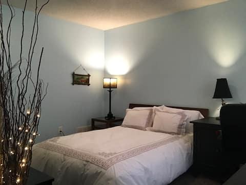 Cozy & comfy room