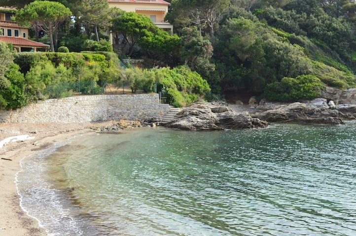 Isola d'Elba accesso diretto mare - Cavo - fraz. di Rio Marina - Apartamento