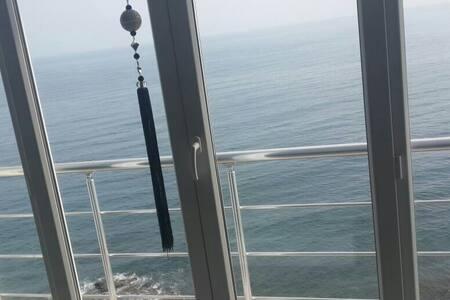 Denize sıfır 3+1 daire lüks daire - Mersin Belediyesi - Apartamento