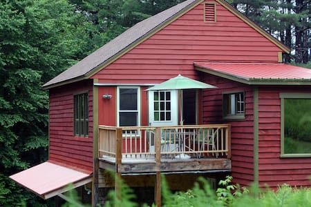 Apartment in Woods - Shelburne Falls