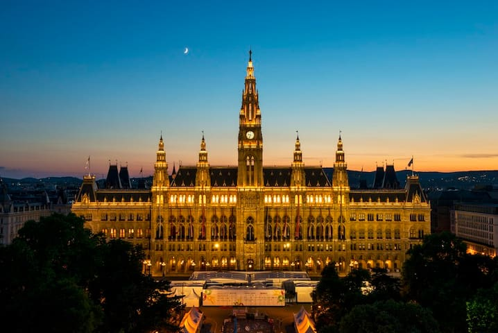 Maximum of Vienna - 5min with tram to centrum!