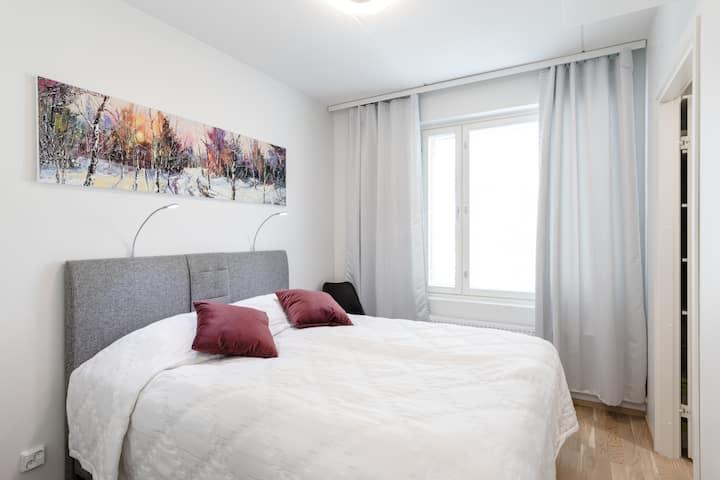 Airport/Flamingo Luxury 2 bedroom, sauna, balcony
