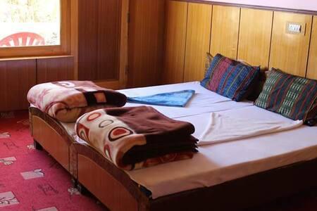 Adventurous stay in Diskit at Kharyok !!! - Diskit