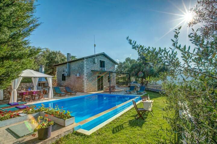 Galini Villa with stunning sea view & private pool