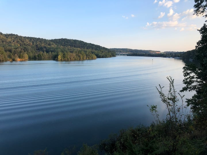 Melton Away Lake House, Hardin Valley/Oak Ridge