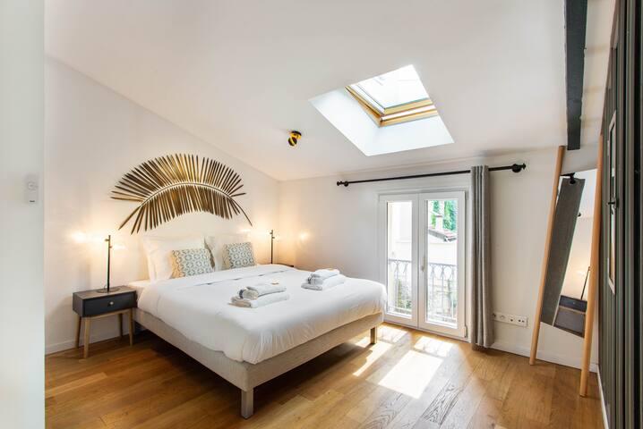 Etage 1 Chambre 1 // Level 1 Bedroom 1