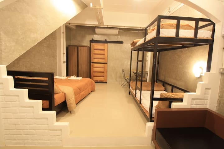 Fun space suit room for 4 persons Sirin house.