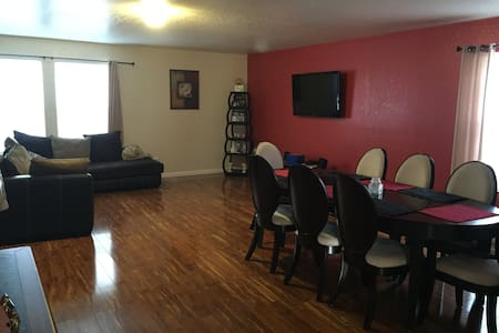 Comfortable 2 Bedroom 1.5 Bath, Great for BMT Grad - San Antonio