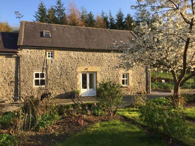 Farmhouse Stable Cottage