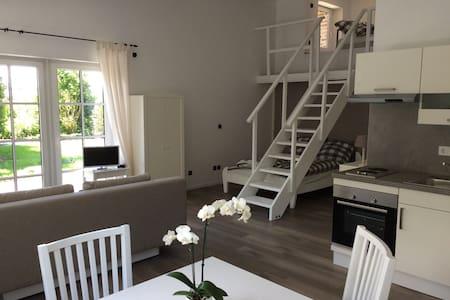 Moderne Ferien-& Messewohnung - Tönisvorst - Wohnung