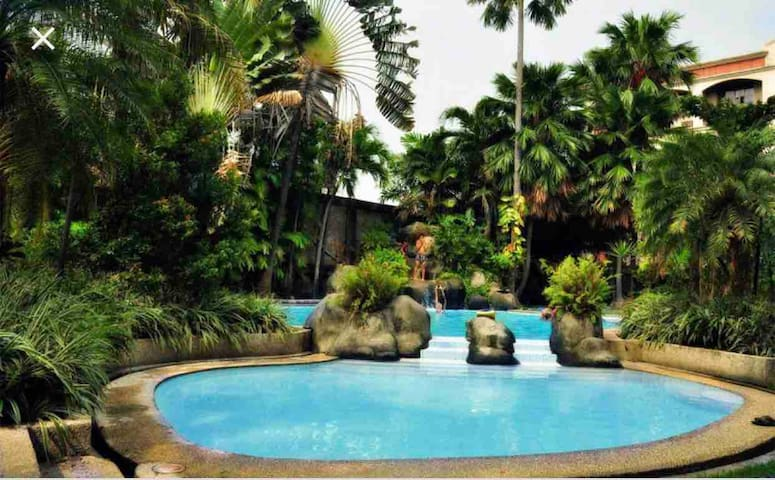 2BR Condo at Hampton Gardens Maybunga Pasig