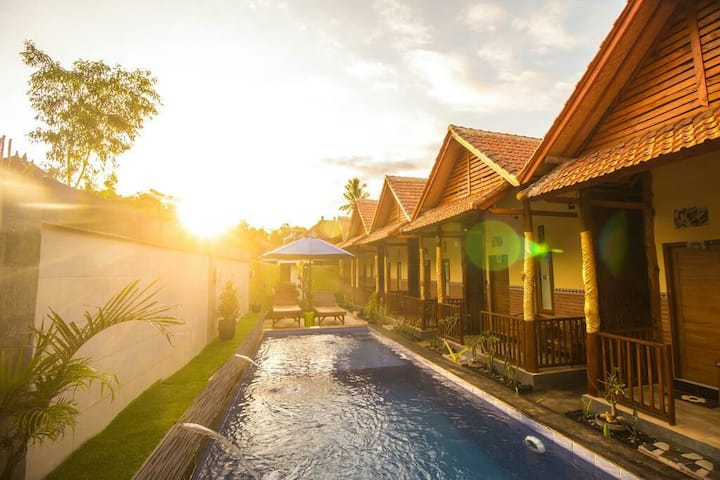 Comfortable Rooms with Breakfast and Swimming Pool