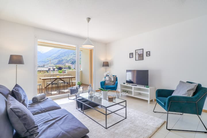 Nice and recent apartment ideally located in Martigny, self check-in
