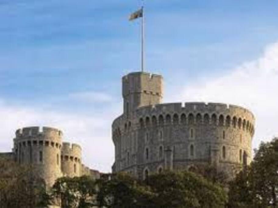 Short walk to Windsor Castle