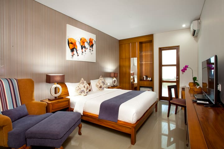 Sanur Amazing Deluxe Room with 37SQM  size