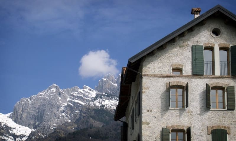 Hostel-Lodge Altanon, Belluno's Dolomites