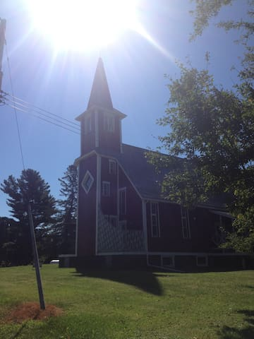 Historic Lairdchurch Bed & Breakfast