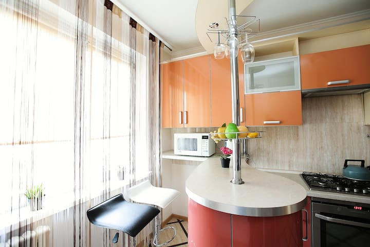 Отличная 2х квартира -переулок Дзержинского 10
