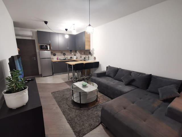 Gray apartman