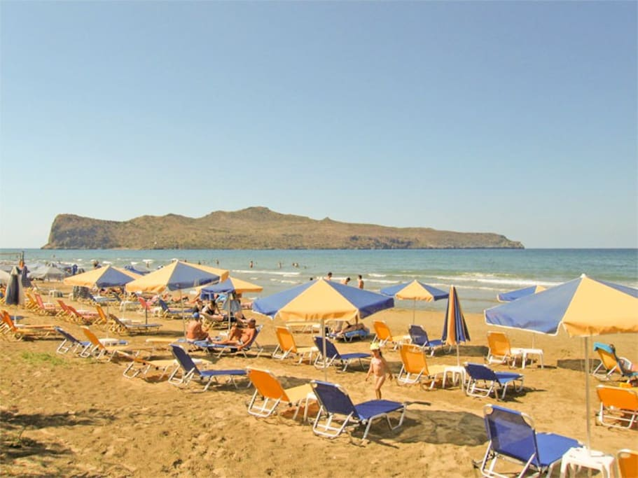 This is the famous Agia Marina beach, only  5 minutes walking from the apartment