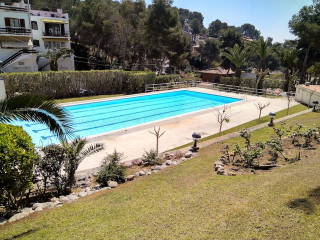 House with garden, pool and near to the beach - Tarragona - Haus