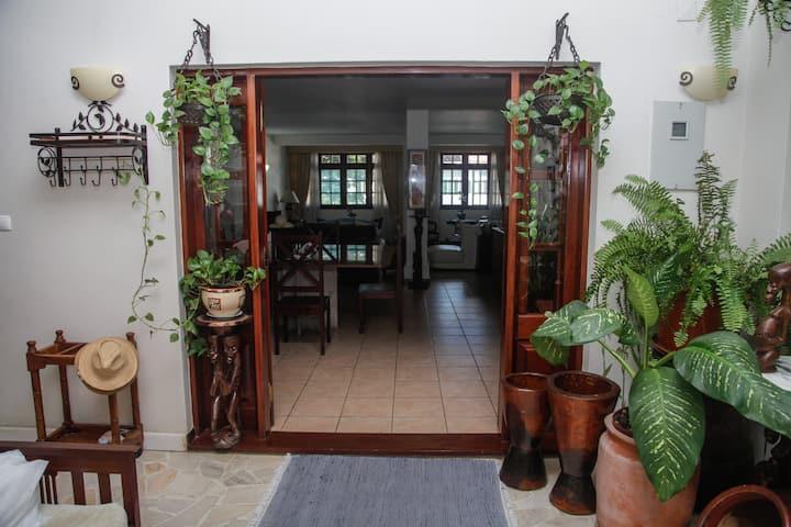 Amo Maputo Machaka Guest House Quarto 1