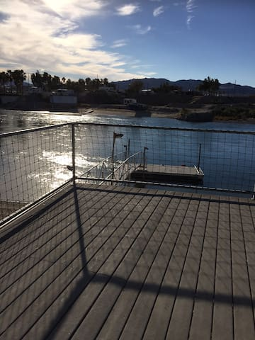 Colorado River Guest House w/ Dock & Beach Access - Mohave Valley - Hus